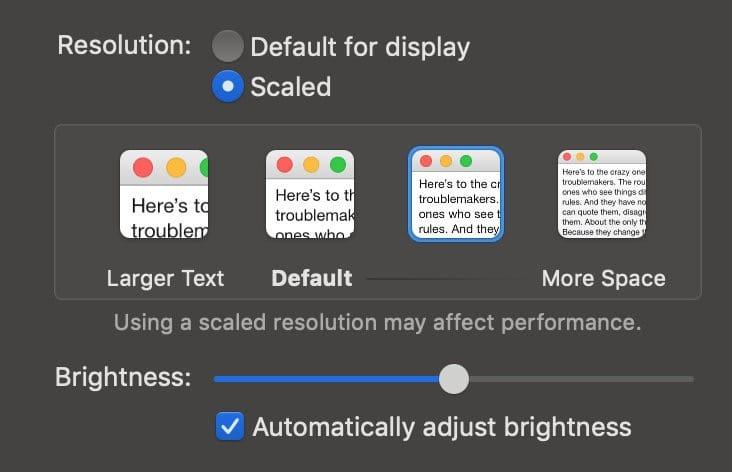 我选择的是介于 Default 和 More Space 中的显示比例